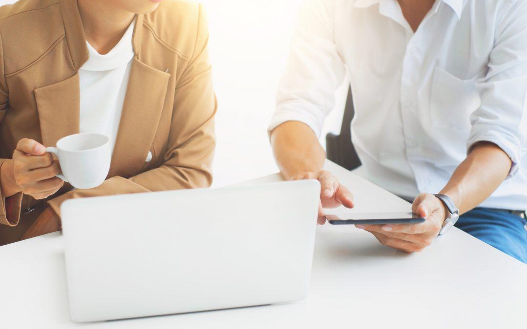¿Es necesario realizar informes de proyectos empresariales?