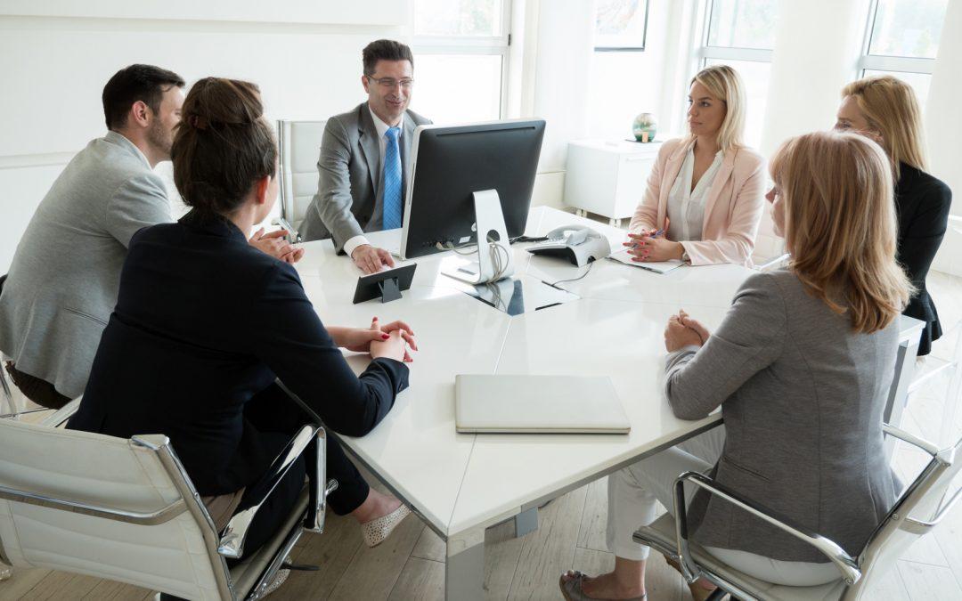 ¿Cómo se realizan reuniones efectivas mediante videoconferencia?