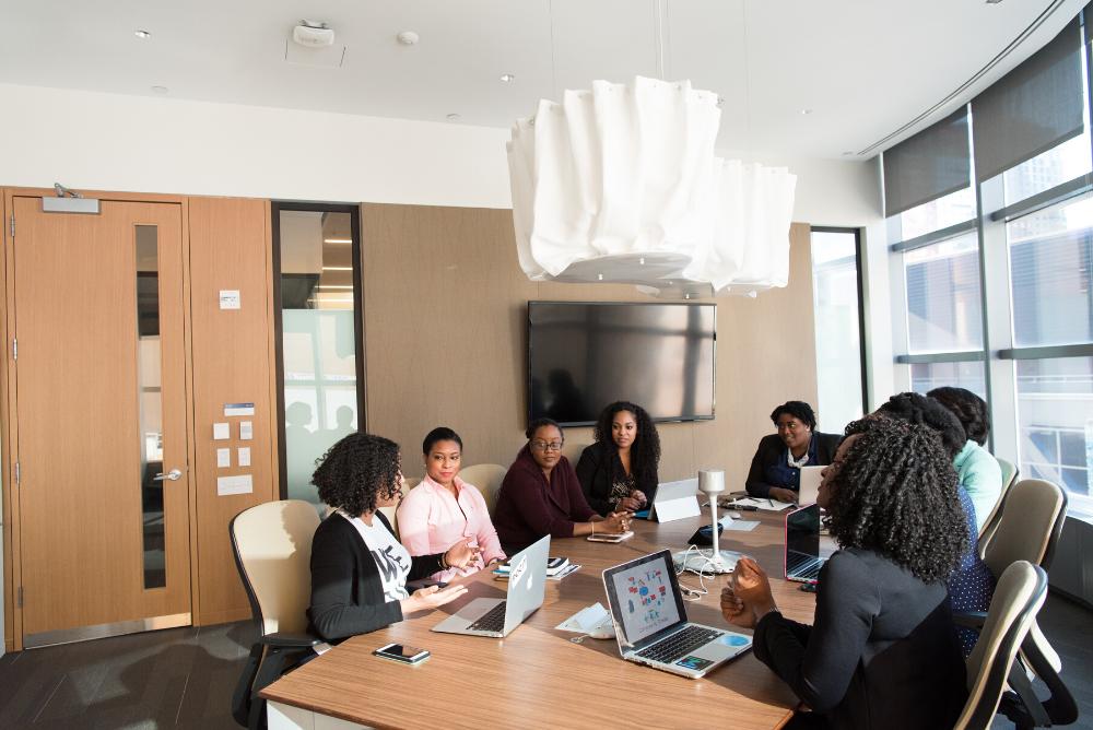 ¿Cuál es la responsabilidad social del administrador en una empresa?