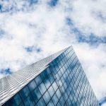 Consejos para tener éxito empresarial y alcanzar la cima