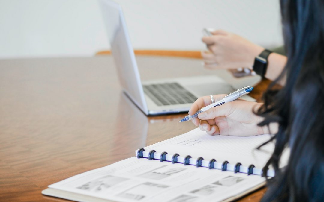 ¿Conoces cuáles son las diferencias entre consultoría y asesoría?